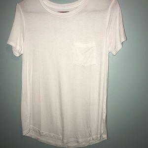White Aeropostale t shirt S
